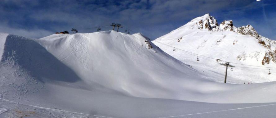 futur tremplin de saut à l'élastique sur neige à Tignes