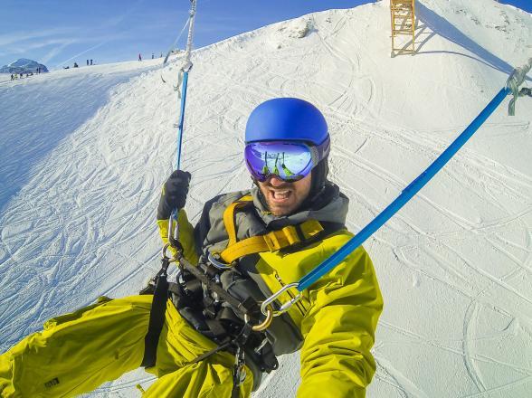 saut à l'élastique en ski